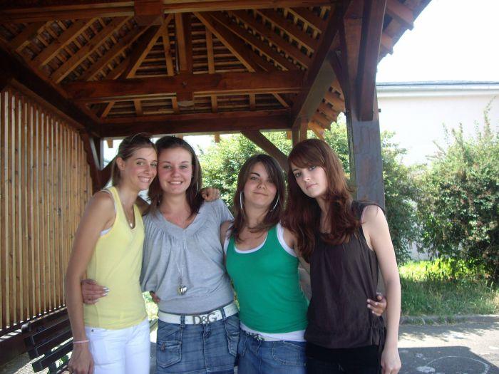 Kiliyane , Johanna , Juliye & Mariyne ♥