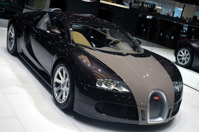 Bugatti Veyron**Prada**