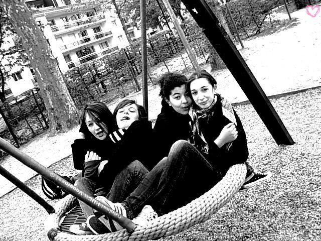 -- L'amitié est la plus belle choses de la vie --