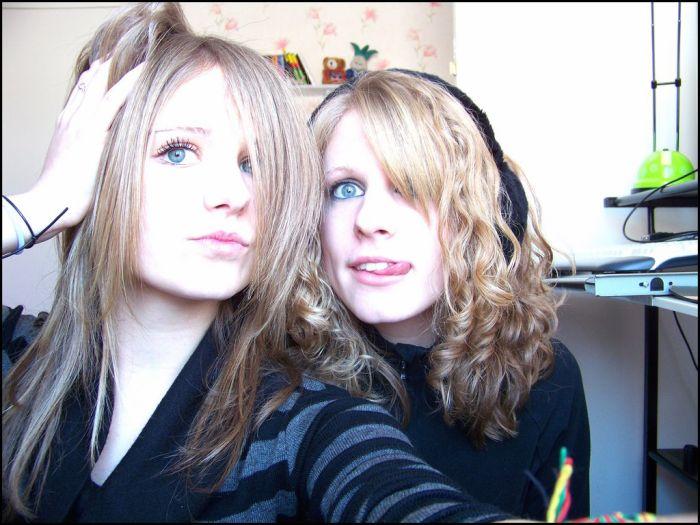 Sister & Sister (L') {moi à droite :D}