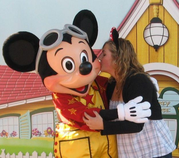 Mickey && Minny's