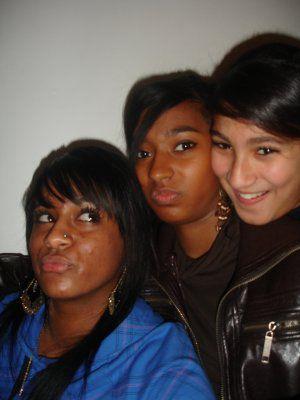 °° D@phné(974) , m0i(972&Gasy) & Khadija (Mar0c Reprezent)