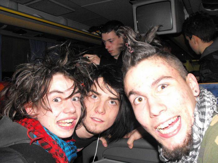 tkt les têtes xD dans le bus en angleterre