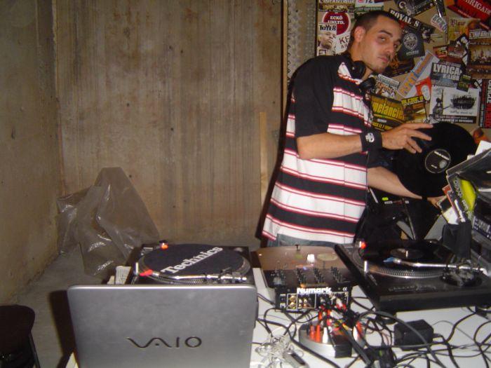DJ Farid
