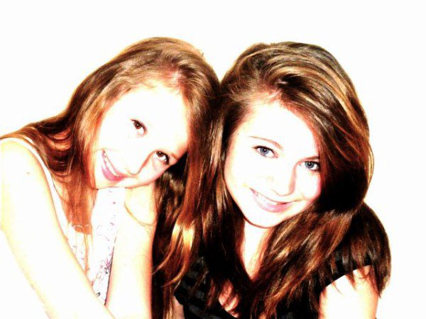 Marie et Mélany superbes....