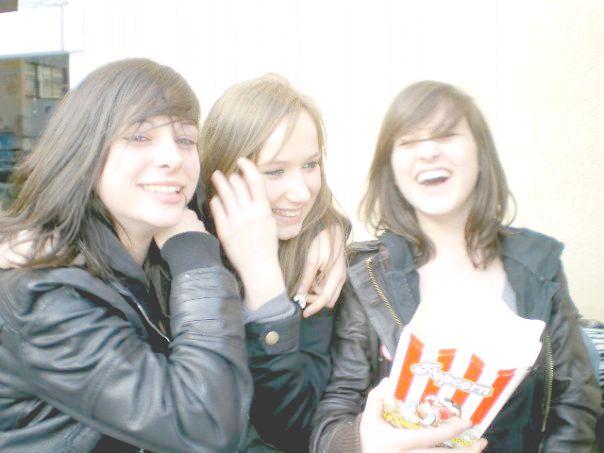 Ju, Camille & Malou