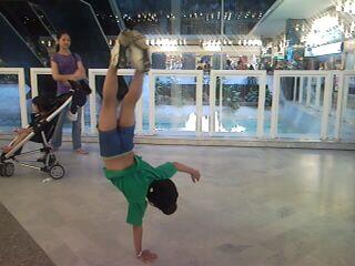 A 6 ans il est danceur