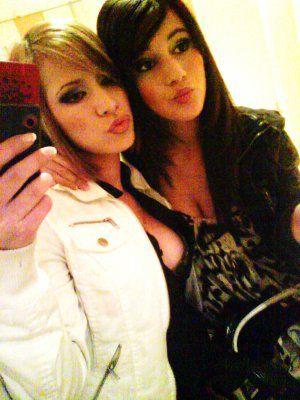 Maroussia & Roxy.