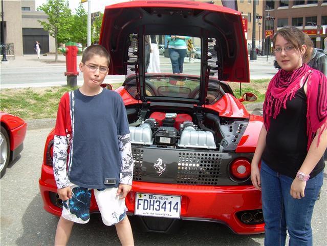 Voici le moteur d'une FERARRI!