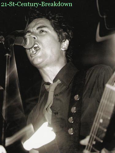 Billie Joe (L)