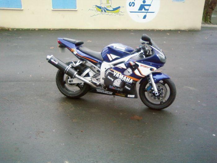 voici la moto d'un pote