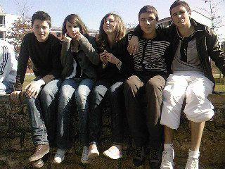Flo, Anna, Moi, Thibo & Arthur